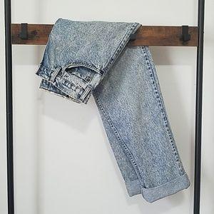Vintage Levi's Distressed Hi-Rise 540 Mom Jeans